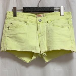 ✨3/$30 Garage Green/yellow Jean Shorts
